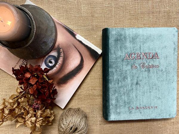 agenda con telas y bordados